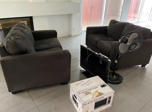 Furniture removal service in Long Beach, CA.