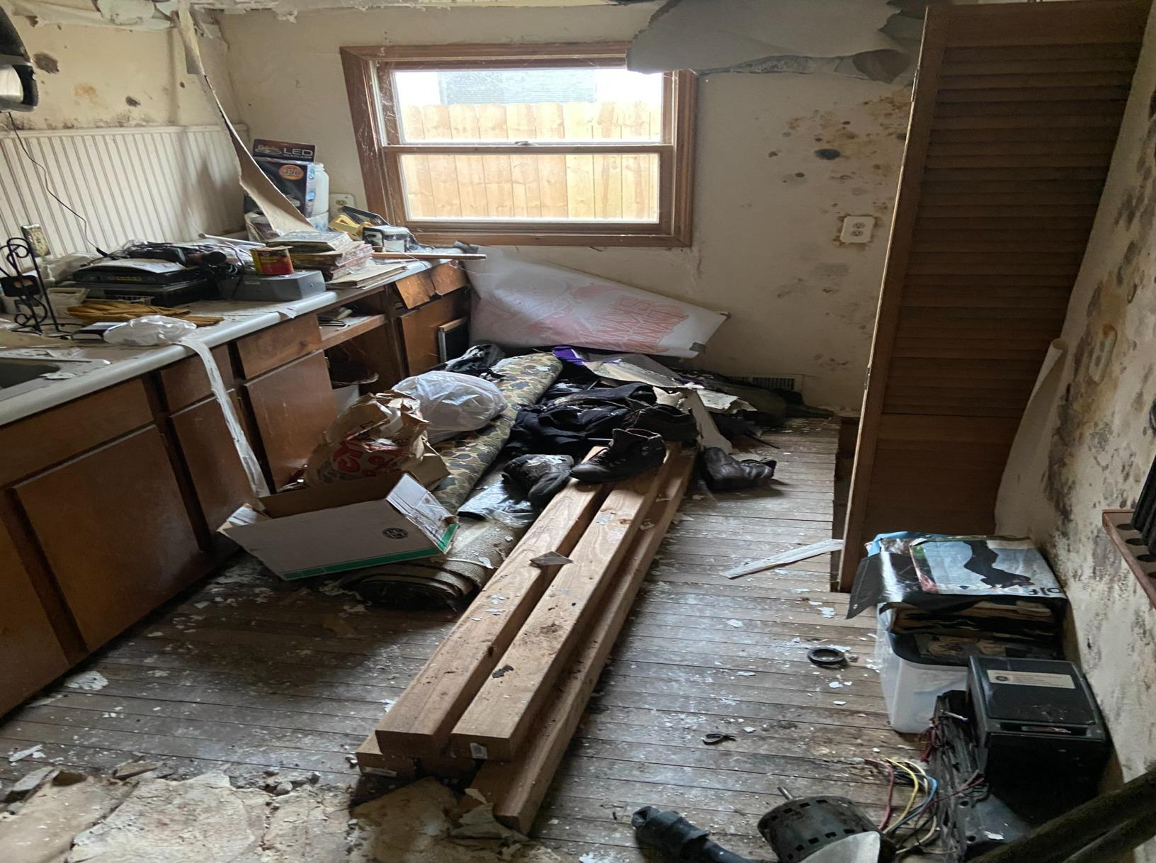 Disaster Cleanup in Monroe, MI - Before Photo