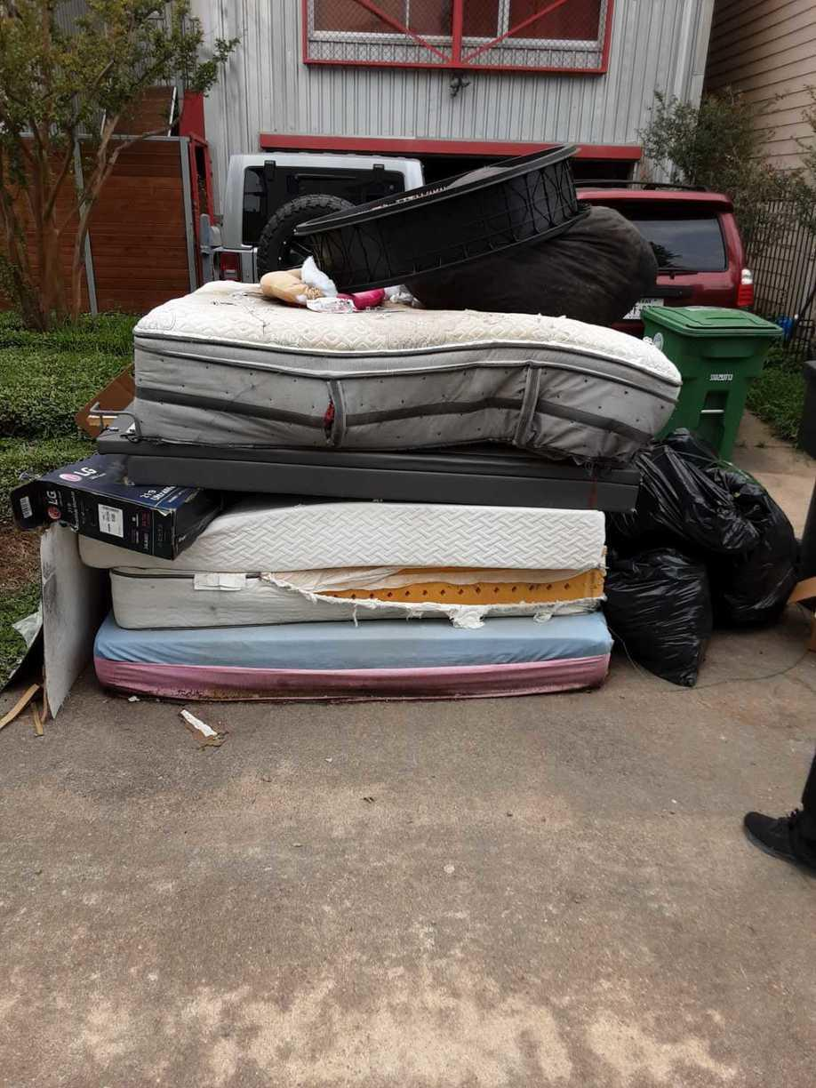 Mattress removal in Houston, TX - Before Photo
