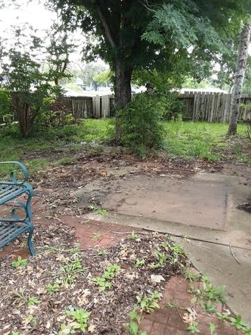Yard Debris and Waste Removal services in Sugar Land, TX