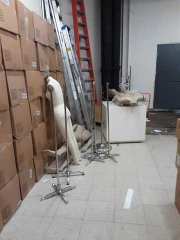 Friendswood, TX 77546, Retail cleanout - Before Photo
