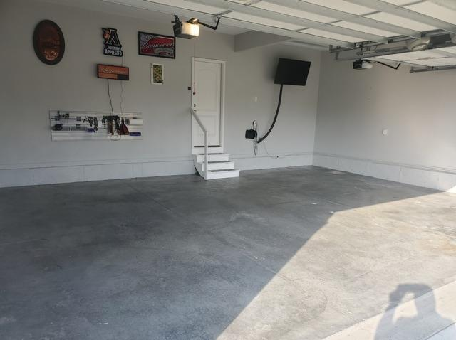 Polyaspartic Garage Floor in Blue Springs, KS