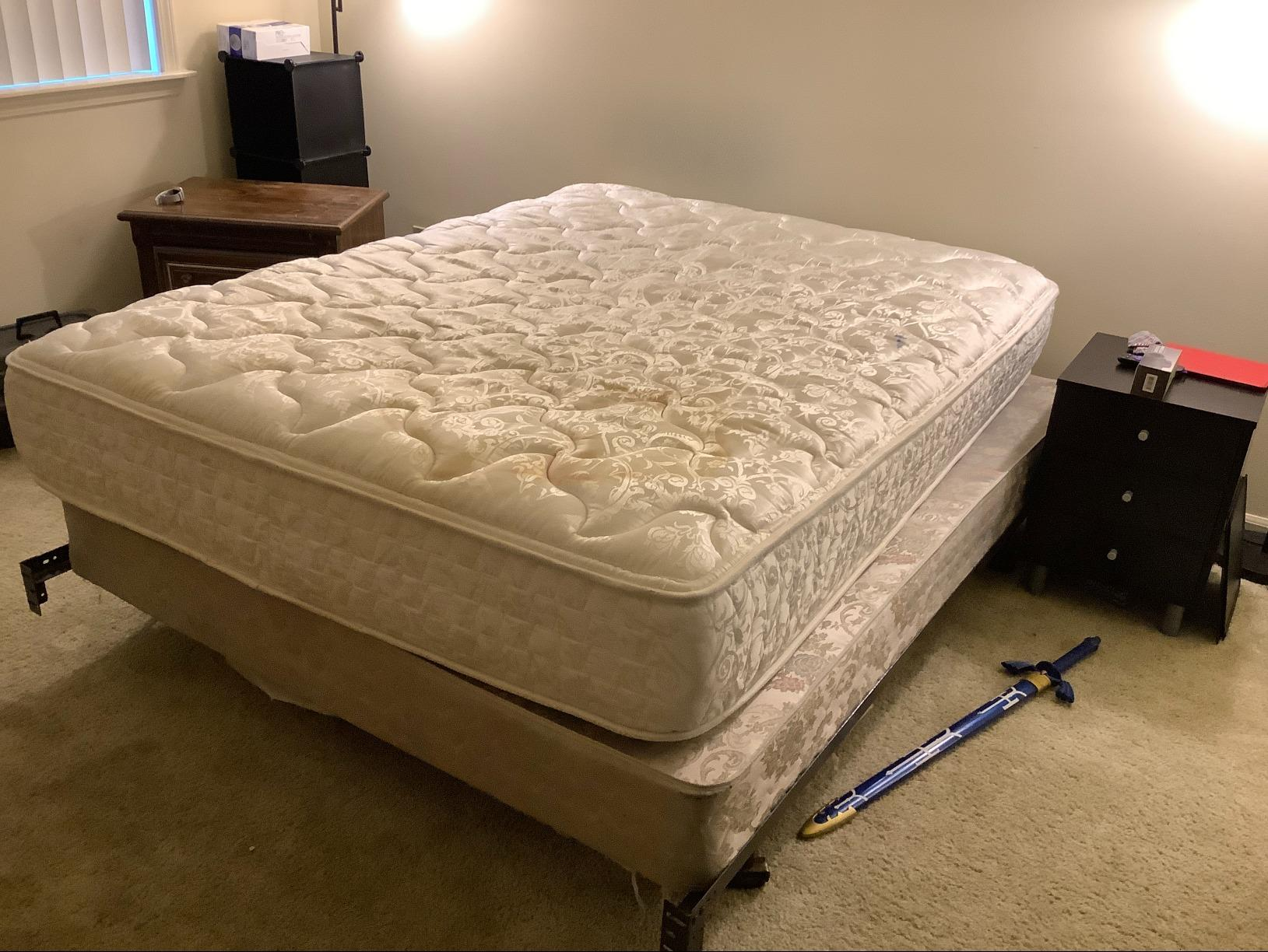 Mattress Removal in Roselle, IL - Before Photo