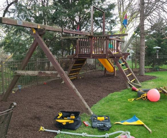 Playset Removal Service in Clarendon Hills, IL