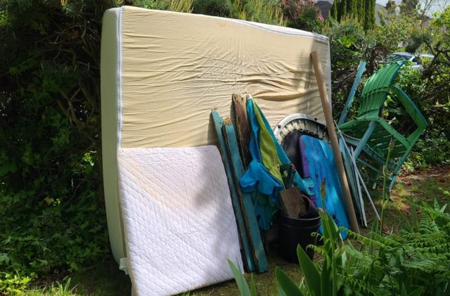 Mattress removal services in Seattle, WA