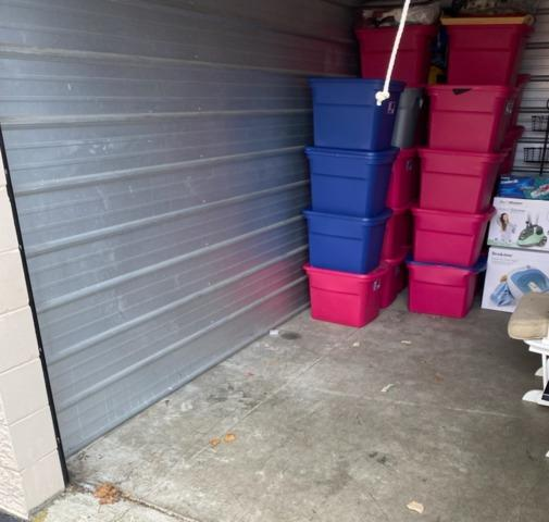 Storage unit clean out services in Kent, WA
