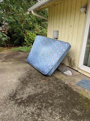 Mattress Removal Services in Everett, WA