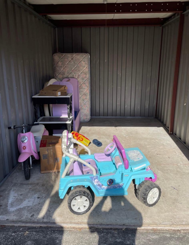 Jacksonville, Fl Storage unit clean out - Before Photo