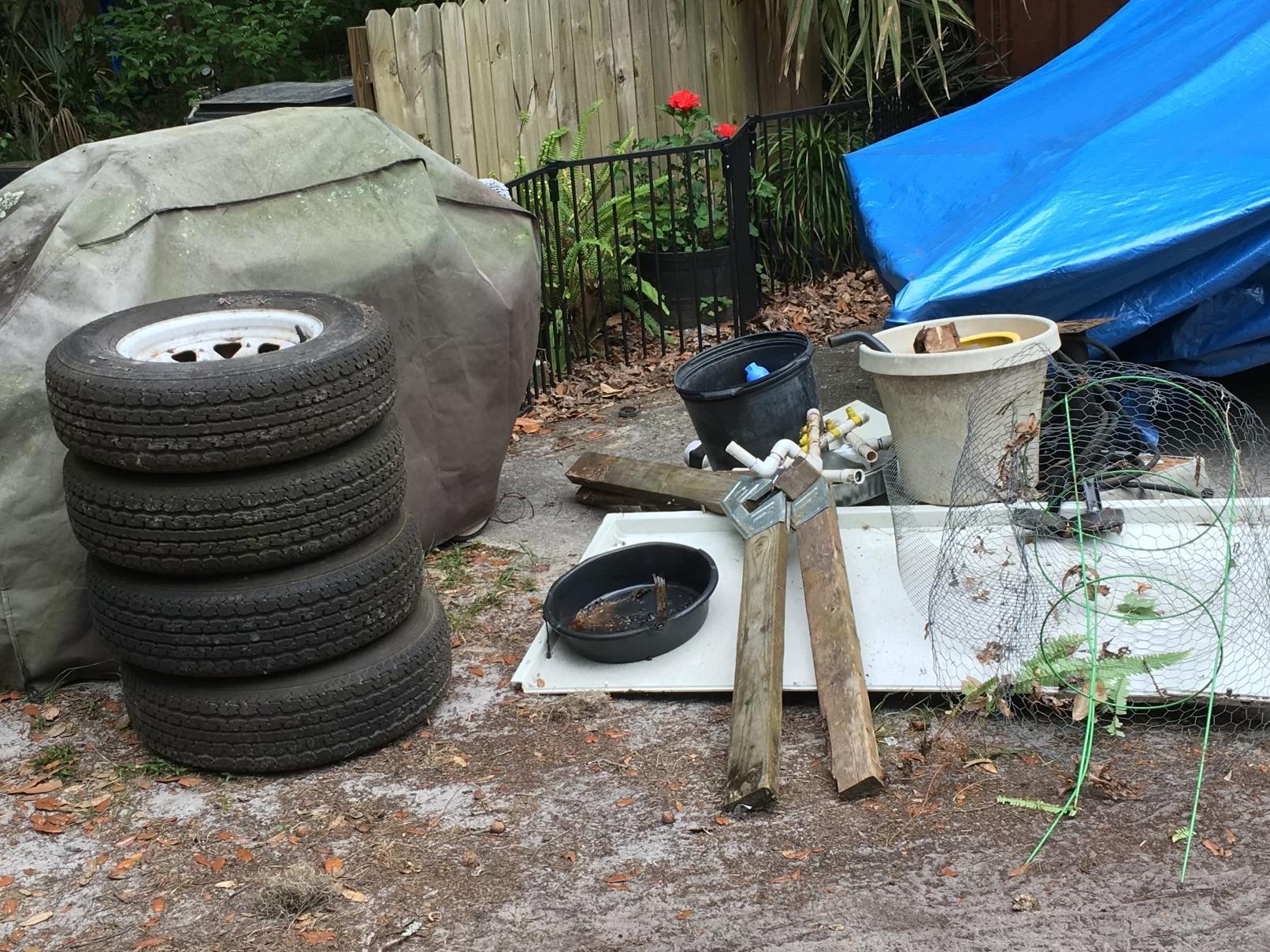 Yulee, Fl Yard junk removal - Before Photo