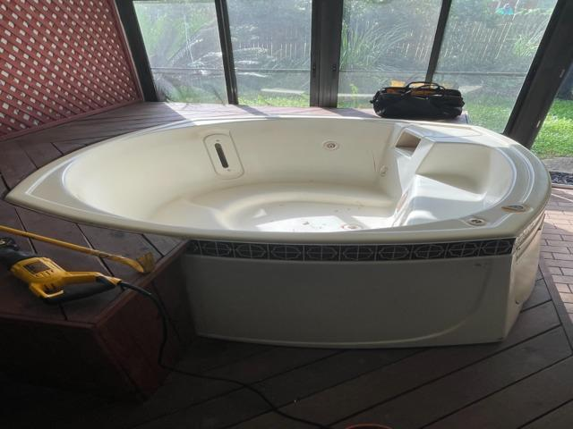 Atlantic Beach,  Fl  Hot tub removal