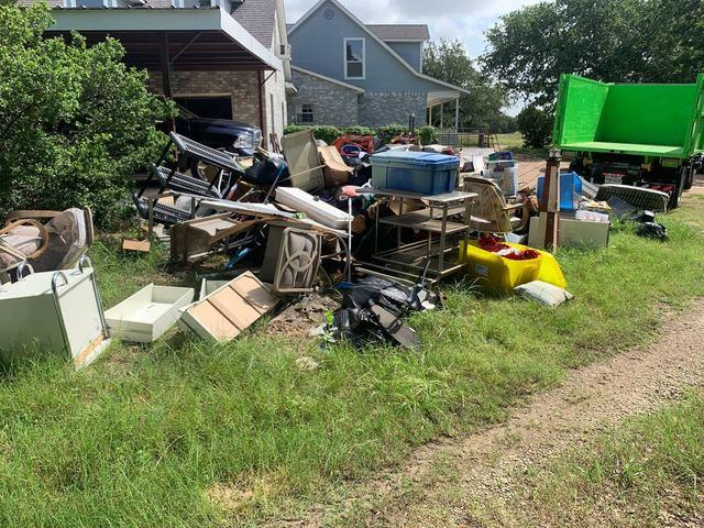 Estate Cleanout Services New Braunfels, TX - Before Photo