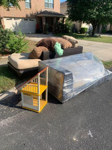 Junk Removal Services Universal City Texas
