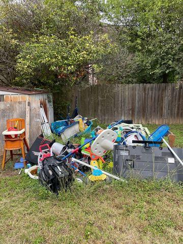 Yard Debris & Waste Removal - Schertz, TX