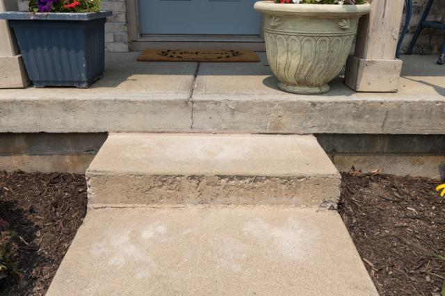 Front step sinking- Indianapolis, IN
