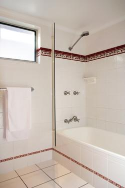 Your Bathtub: Considering Refinishing