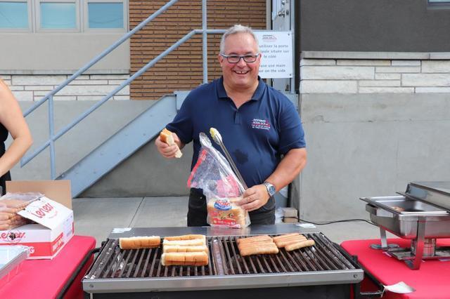 Notre premier BBQ au profit de la Croix-Rouge fut un succès! - Image 3