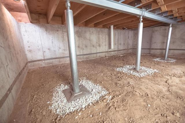 6 Reasons SmartJacks are the Best Solution for Your Crawl Space Problems