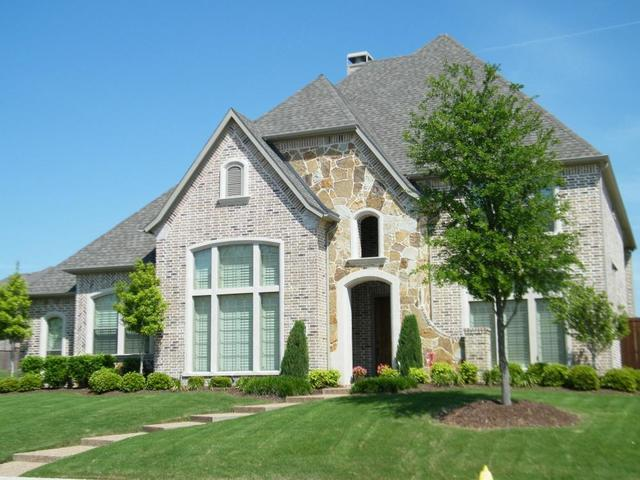 3 Tips to Keep Your Landscaping from Affecting Your Foundation