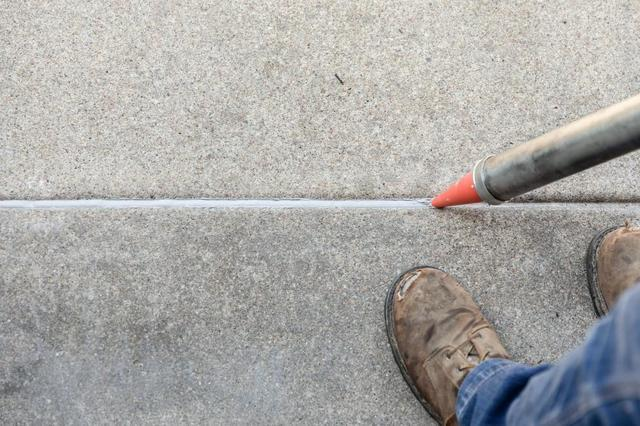 Does Your Concrete Have Freeze-Thaw Cycle Damage? - Image 3