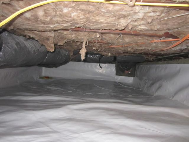 Crawl Space Encapsulation In Home For Sale Portland OR - Image 2