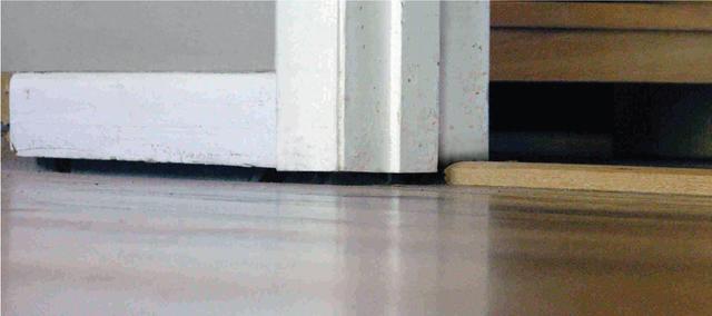 Sagging floor from foundation settling
