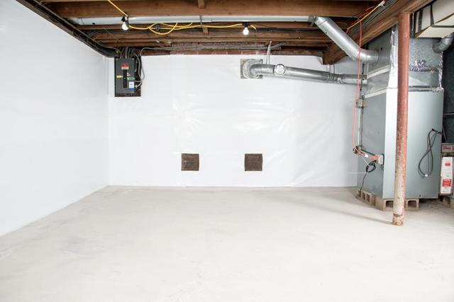 How to Dry a Wet Basement - Image 4