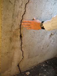 Leaking Wall Cracks