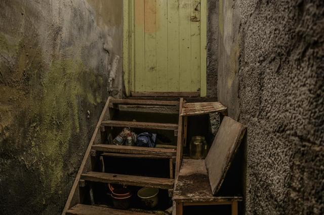 Why Wet, Cracked Basements Should Worry Homeowners
