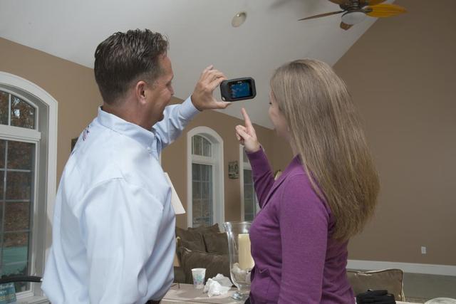 Helpful Tip: Spotting Energy Inefficiencies Yourself