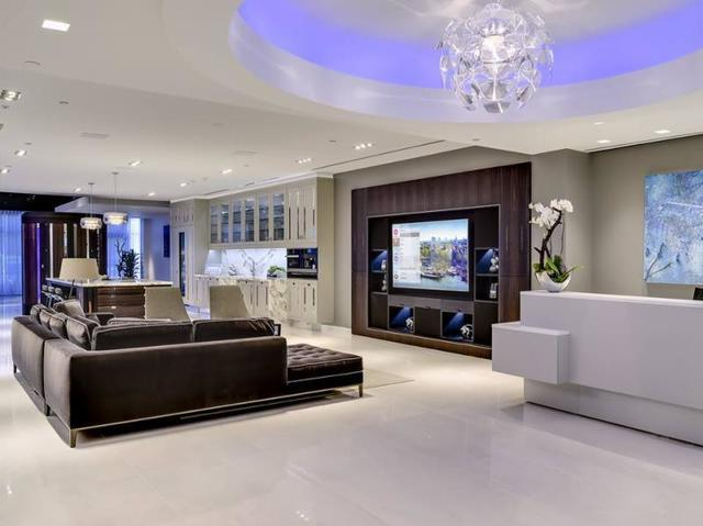 Crestron Experience Centers & Showrooms offer guests an up close and personal look at the hottest control technology in a...