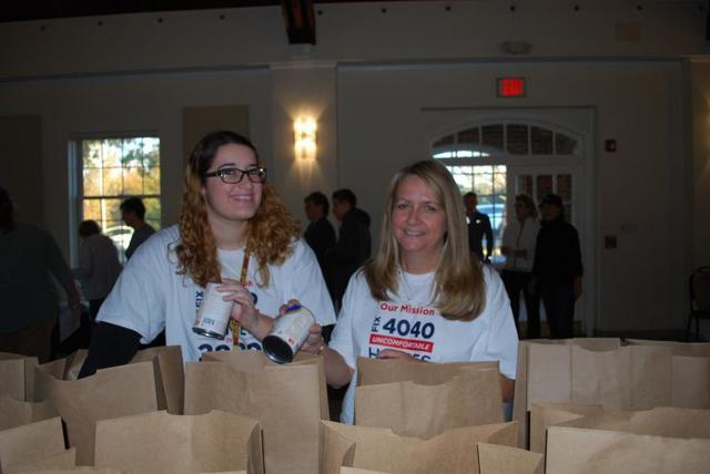 Bringing Thanksgiving to Local Families - Image 2