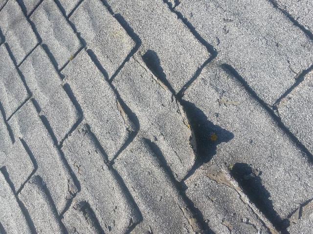 How Long Do Asphalt Shingles Last On A Roof - Image 1