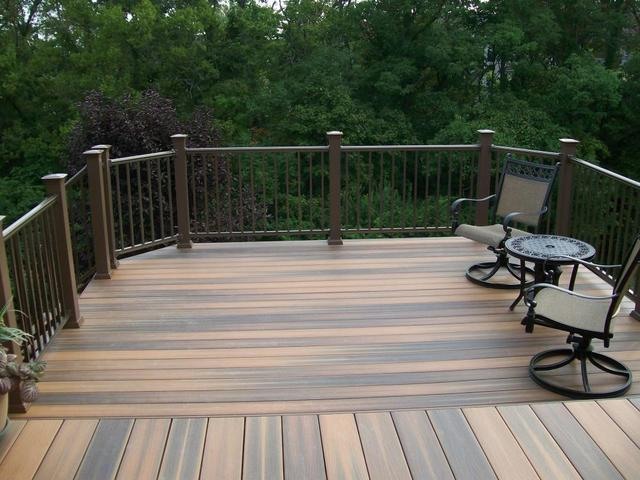 Decking: Should You Choose Composite Or Traditional Wood?