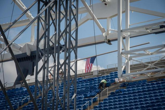 The USTA says the roof won't be fully complete until the 2016 U.S. Open.