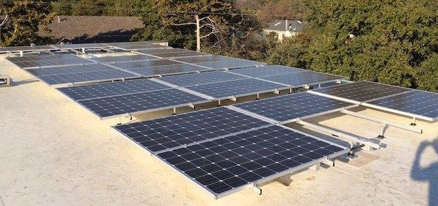 Solar Panels on a Flat Roof: 3 Things to Know