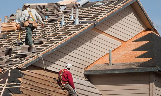 6 Alarming Signs That You Need to Replace Your Roof