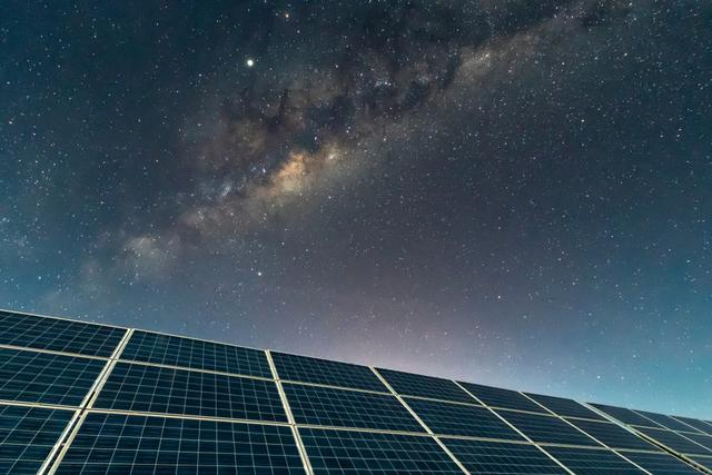 Do Solar Panels Generate at Night?