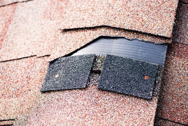 Serious Warning Signs Your Roof Isn't Safe