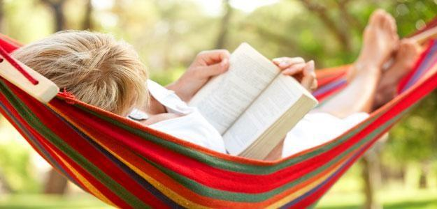 Portable Hammocks and Other Ways to Relax on the Patio
