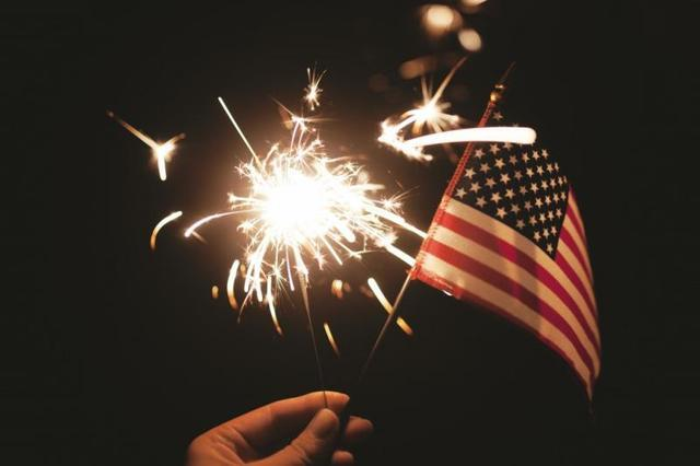 Interior Fourth of July decorations are a definite must for July. Maybe you plan to entertain guests at your house...