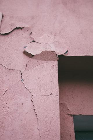 4 Types of Foundation Cracks & What They Mean