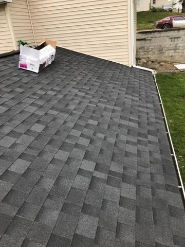 How to Choose the Right Shingle Color for Your Alexandria, OH Home