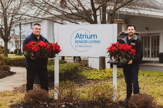Quality 1st Roofing Systems Spreads Holiday Cheer in Matawan, NJ - Image 2