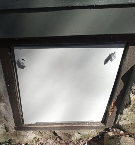 An EverLast crawl space door installed by 3 Pros Basement Systems.