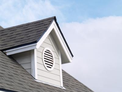 How a Roof Improves Energy Efficiency and Waterproofs a Home