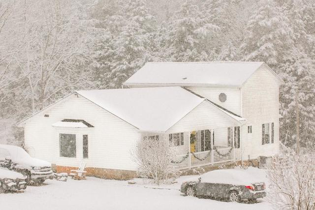 Top 4 Ways Roofs Are Impacted by Winter Weather
