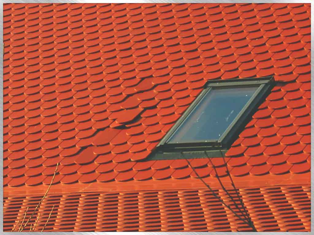 Common Commercial Roofing Problems and How to Avoid Them