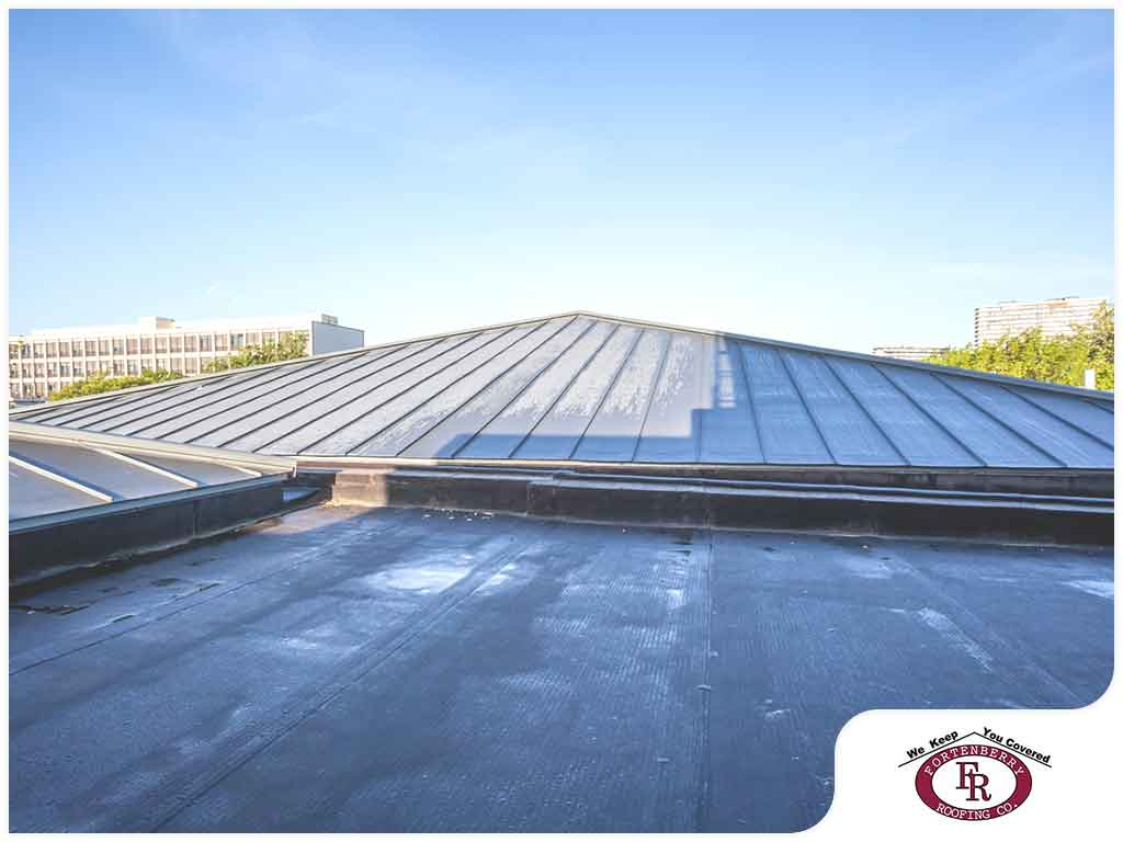 The Different Ways Warm Weather Affects Flat Roofs