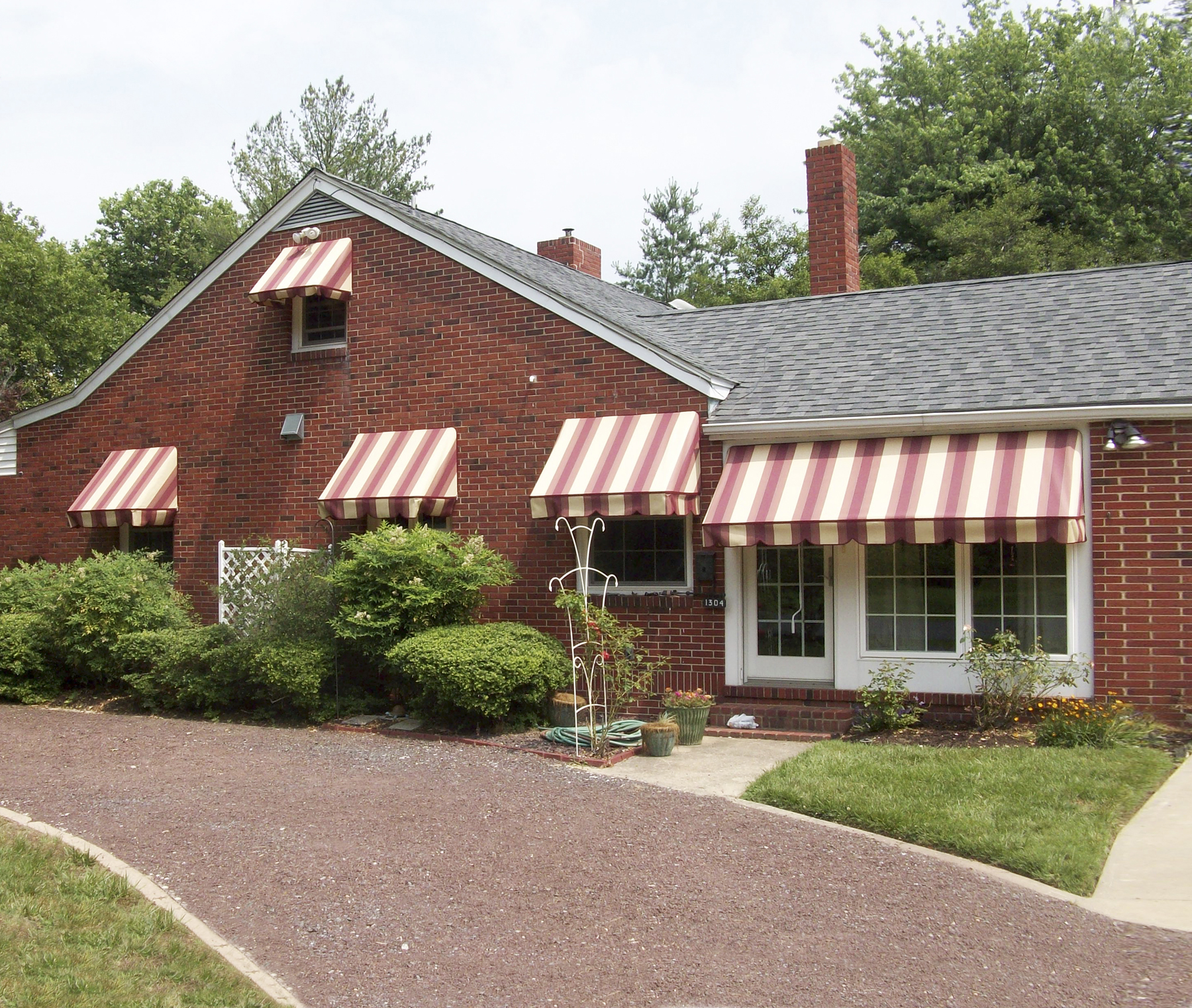 The Easy Awning: Style & Protection