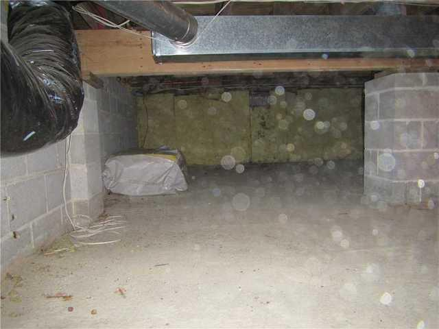 Crawl Space Encapsulation System & Dehumidified Installed in Browns Mills, ...